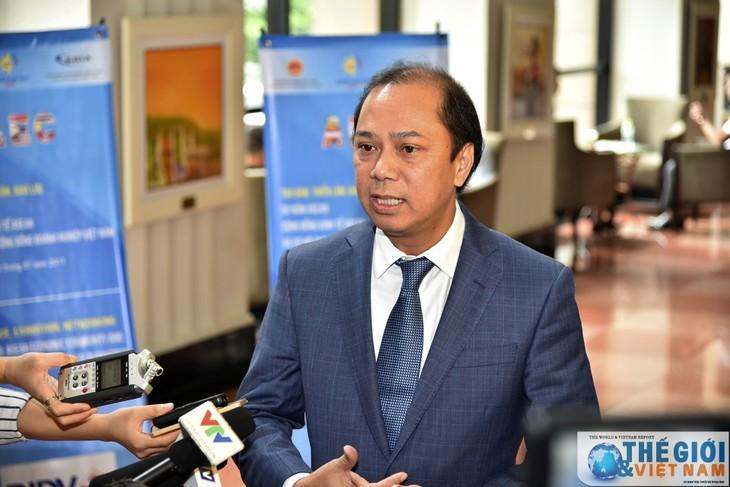 В 2017 году Вьетнам внес активный вклад в строительство Сообщества АСЕАН - ảnh 1