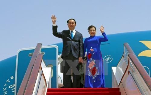 Президент СРВ Чан Дай Куанг с супругой начинает государственный визит в Японию - ảnh 1