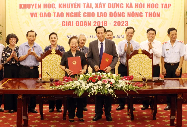 Вьетнам стремится повысить качество профобучения трудящихся в сельских районах  - ảnh 1