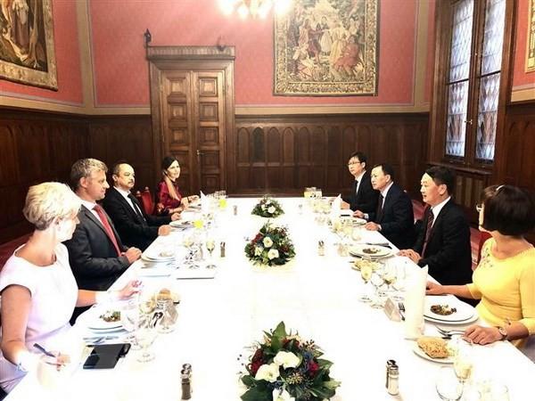 Венгрия высоко оценивает роль вьетнамской диаспоры в стране - ảnh 1