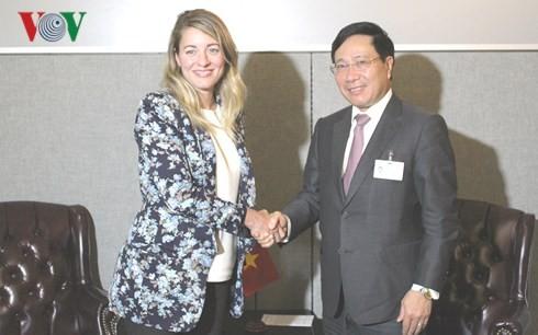 Фам Бинь Минь провел двусторонние встречи в кулуарах 73-й сессии Генеральной Ассамблеи ООН - ảnh 1