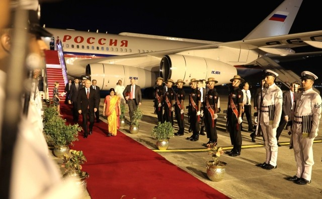 Президент России Владимир Путин прибыл в Индию с официальным визитом - ảnh 1