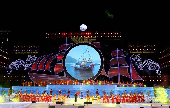 Завершился морской фестиваль Нячанг-Кханьхоа 2019 года - ảnh 1