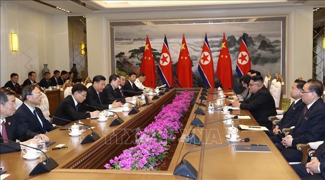 КНДР и Китай договорились укреплять двусторонние отношения для мира в регионе - ảnh 1