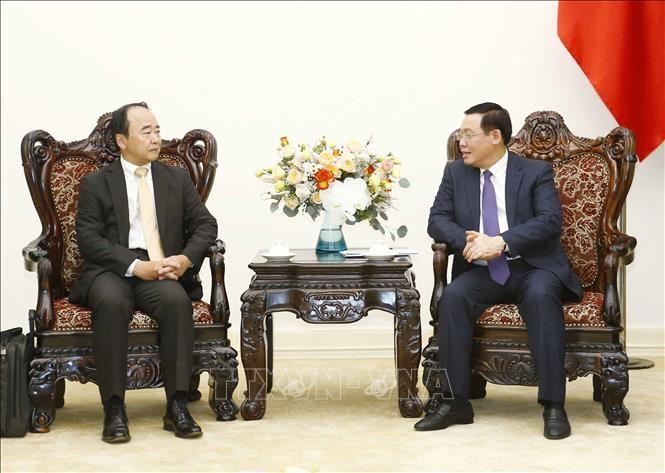 Вьетнам приветствует иностранные компании, имеющие глобальную дистрибьюторскую сеть - ảnh 1