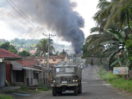 """Presiden Filipina menegaskan """"tidak melakukan perundingan dengan kaum teroris"""" - ảnh 1"""
