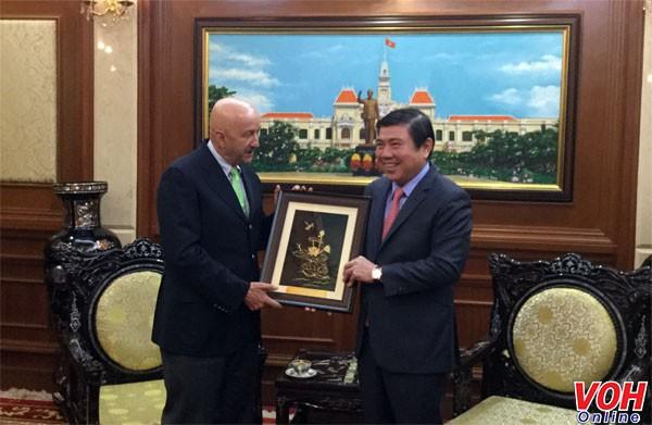 Kota Ho Chi Minh memperkuat konektivitas dan kerjasama dengan Meksiko - ảnh 1