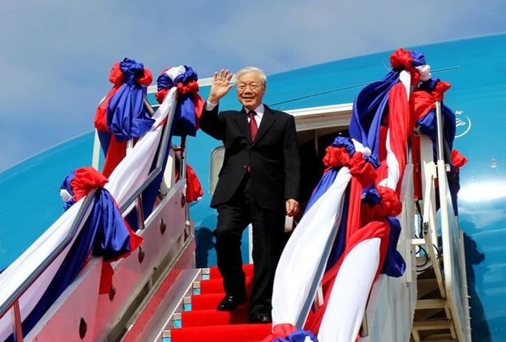 Sekjen KS PKV, Nguyen Phu Trong berangkat melakukan kunjungan kenegaraan ke Kerajaan Kamboja - ảnh 1