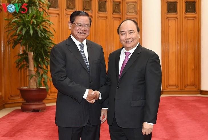 Vietnam memperkuat kerjasama keamanan dengan Kamboja dan Laos - ảnh 1