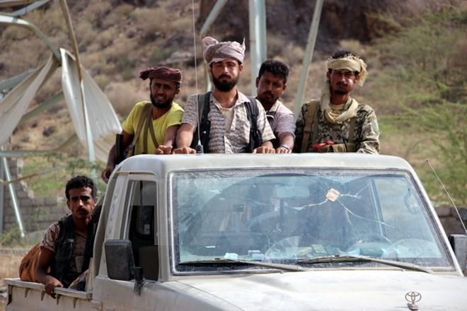Keretakan dalam persekutuan pemberontak tambah merumitkan lagi perang saudara di Yaman - ảnh 1