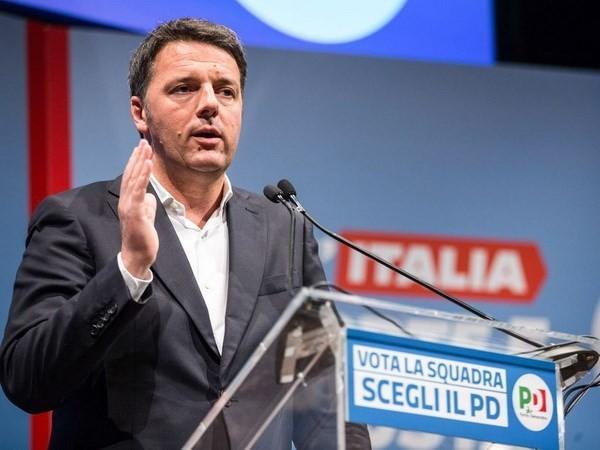 Italia: Mantan PM M.Renzi menyatakan meletakkan jabatan pimpinan Partai Demokrat - ảnh 1
