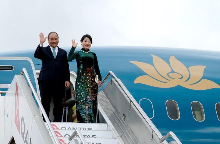 PM Nguyen Xuan Phuc tiba di Kota Sydney untuk menghadiri KTT Istimewa  ASEAN-Australia - ảnh 1
