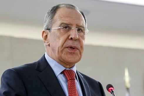 Rusia mengusir 60 diplomat AS dan menutup Konsulat Jenderal AS di Kota Saint Petersburg - ảnh 1