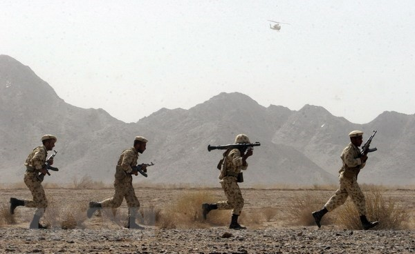 Iran membantah informasi menarik diri penasehat militer-nya dari Suriah - ảnh 1