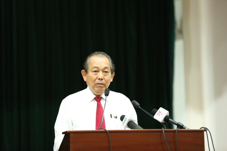 Konferensi menggelarkan perjuangan mencegah perdagangan gelap, kecurangan perdagangan dan pengangkutan komoditas gelap lintas perbatasan di provinsi-provinsi di daerah Nam Bo Barat - ảnh 1