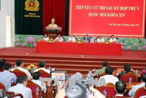 Ketua MN Vietnam, Nguyen Thi Kim Ngan mengadakan kontak dengan para pemilih KODAM 9, Kota Can Tho - ảnh 1