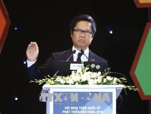 Vietnam menetapkan pengembangan yang berkesinambungan adalah jalan yang satu-satunya untuk perkembangan - ảnh 1