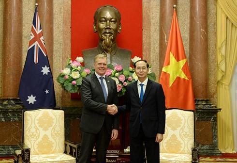 Presiden Vietnam, Tran Dai Quang menerima Ketua Majelis Rendah Australia, Tony Smith - ảnh 1