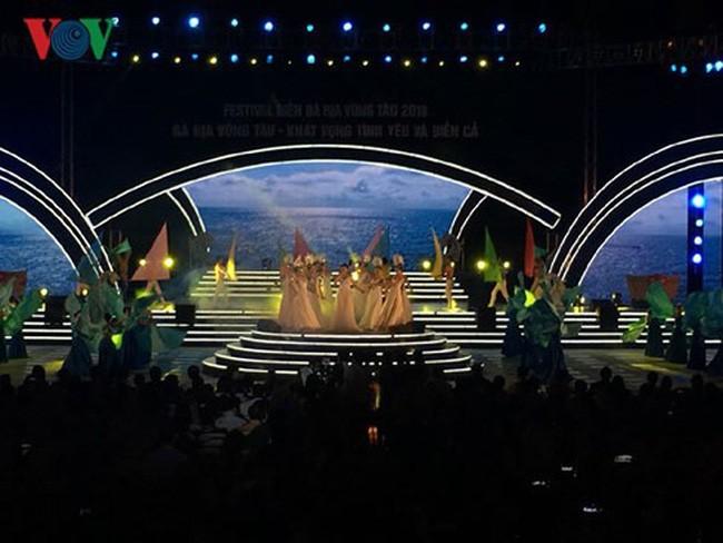 Upacara pembukaan Festival Laut Ba Ria- Vung Tau 2018 - ảnh 1