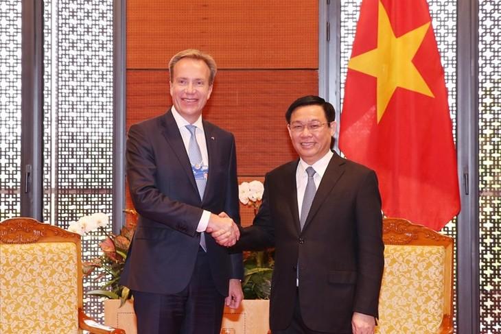 Perekonomian Vietnam diprakirakan akan  mencapaipertumbuhan kira-kira 7% pada tahun ini - ảnh 1