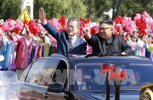 Presiden Republik Korea, Moon Jae-in memulai pembicaraan dengan pemimpin RDRK, Kim Jong-un - ảnh 1