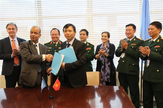 Vietnam dan PBB menandatangani nota kesepahaman tentang pengiriman rumah sakit lapangan ke Sudan Selatan - ảnh 1