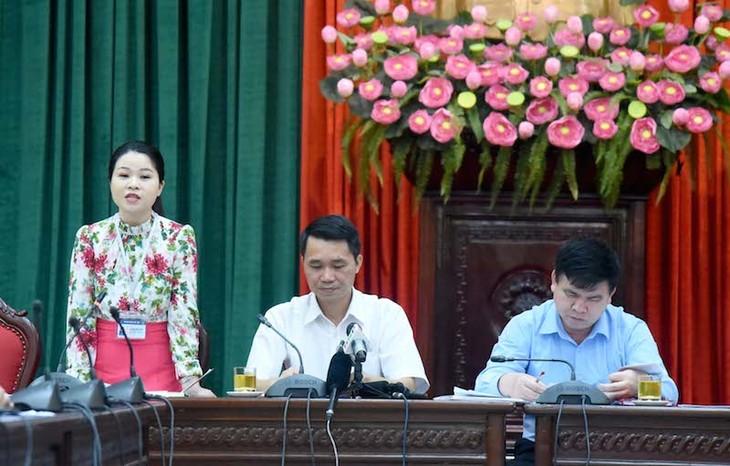 Kota Ha Noi: Memuliakan 88 bintang mahasiwa terkemuka yang telah menamatkan berbagai perguruan tinggi dan akademi - ảnh 1
