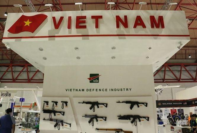 Vietnam berpartisipasi dalam pameran pertahanan di Indonesia - ảnh 1