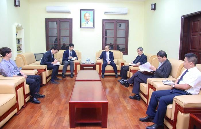Vietnam bekerjasama dengan Dewan Olimpiade Asia melaksanakan banyak program untuk para atlet - ảnh 1