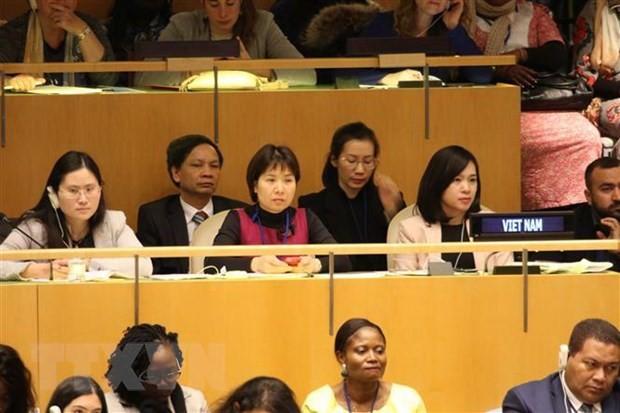 Vietnam berpartisipasi menyelenggarakan event di PBB tentang sumbangan kaum perempuan di bidang industri - ảnh 1