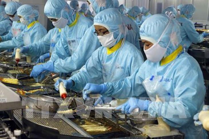 Cabang perikanan Vietnam menargetkan akan mencapai nilai ekspor sebesar 10 miliar USD. - ảnh 1