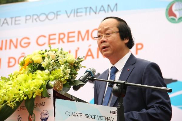 """Mengawali proyek: """"Iklim Vietnam – Kerjasama pendidikan untuk mencapai perubahan yang berkesinambungan di daerah-daerah dataran rendah"""" - ảnh 1"""