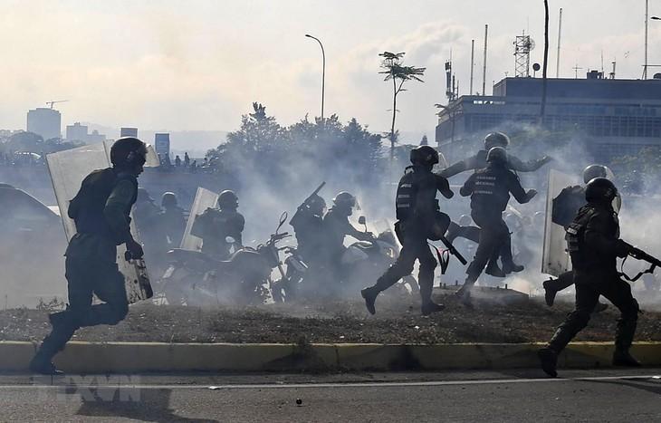 Presiden Venezule mengutuk  kelompok ekstrimis  sayap kanan menghasut kekerasan untuk mengabdi kekuatan-kekuatan  di luar negeri - ảnh 1