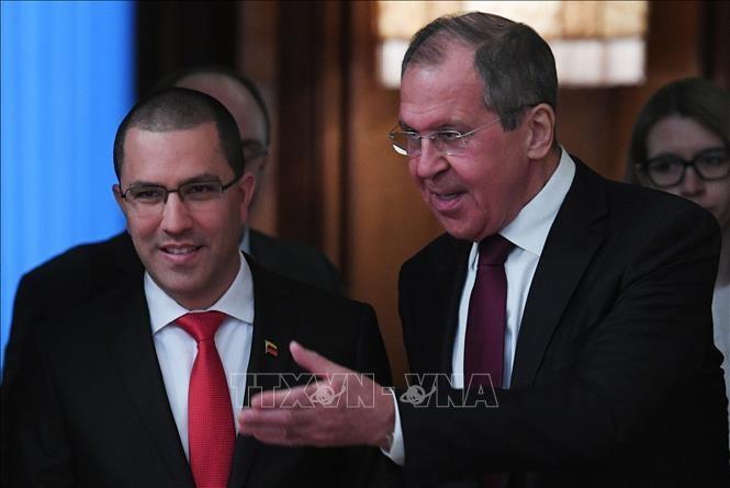 Rusia konsisten menegaskan pendirian mendukung Venezuela - ảnh 1