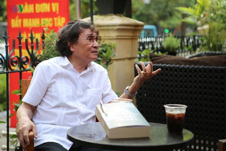 """""""Menulis dan berdialog"""" – saat-saat mengendap dalam kehidupan wartawan, pengarang  Tran Mai Hanh - ảnh 1"""