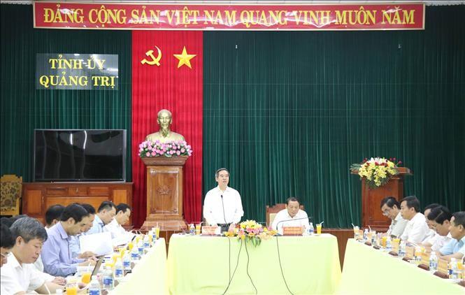 Kepala Departemen Ekonomi KS PKV, Nguyen Van Binh melakukan temu kerja dengan pimpinan teras Provinsi Quang Tri - ảnh 1