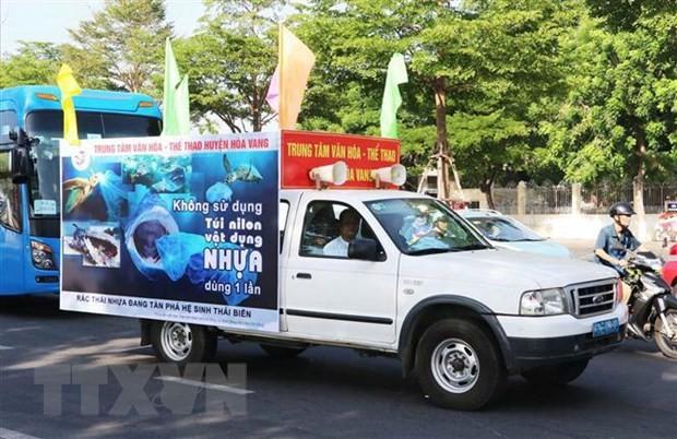 Membuat rencana dan menggelarkan program kerjasama aksi nasional tentang masalah plastik bagi Vietnam - ảnh 1