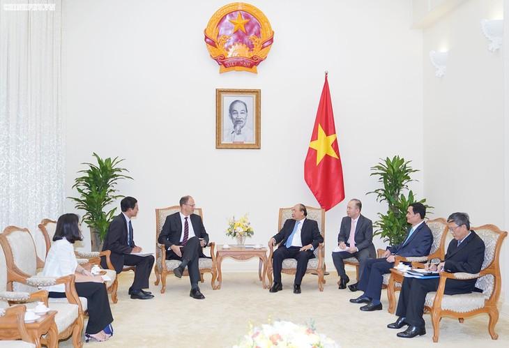 PM Nguyen Xuan Phuc menerima Dubes Republik Federal Jerman  - ảnh 1