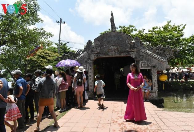 Le pont couvert de Thanh Toàn - ảnh 12