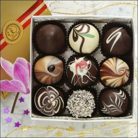 Homemade chocolate using cocoa powder  - ảnh 1