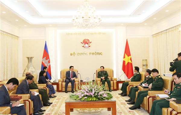 Vietnam treasures traditional friendship with Cambodia - ảnh 1