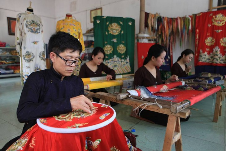 Vietnamese Royal Embroidery - From past to present - ảnh 4