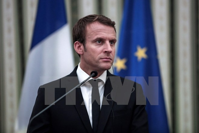 Macron visits Greece, shares EU vision - ảnh 1