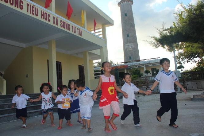 Ho Chi Minh city turns to border, island areas  - ảnh 1