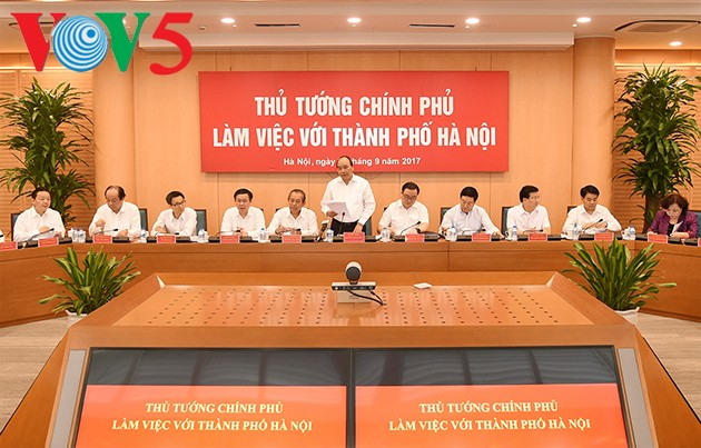 Top Government leaders work with Hanoi authorities - ảnh 1