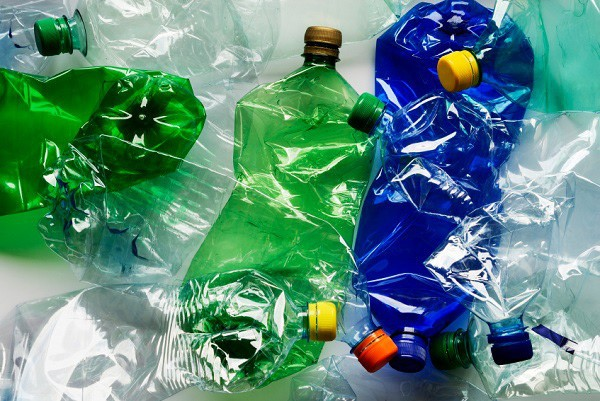 Foreign embassies, organisations advocate reducing plastic pollution in Vietnam - ảnh 1