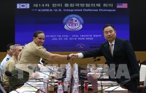South Korea, US to keep sanctions against North Korea - ảnh 1