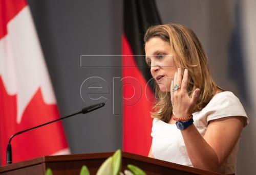 NAFTA talks with US remain productive: Canadian FM - ảnh 1