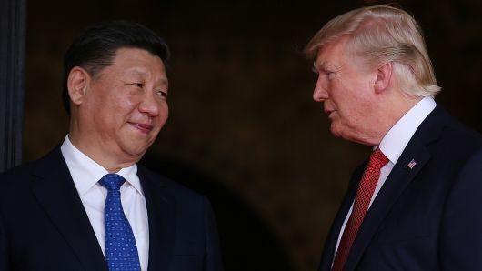 US President threatens more tariffs if China retaliates  - ảnh 1