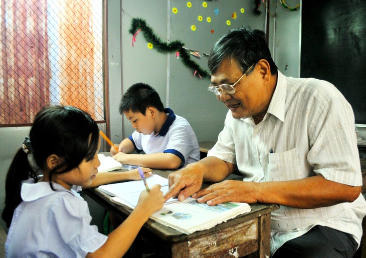War veteran offers free classes for 20 years - ảnh 1